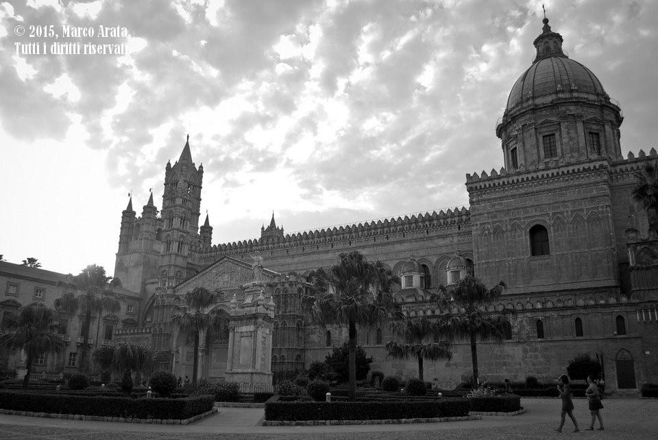 Una panoramica sulla Cattedrale di Palermo, parte del sito arabo- normanno divenuto di recente Patrimonio dell'Umanità dell'Unesco. Data di scatto: 05/09/2015.